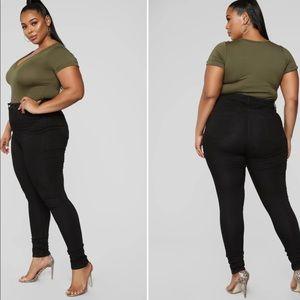 FASHION NOVA - Classic High Waist Skinny Jeans (43